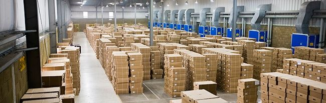 warehouse_with_boxes